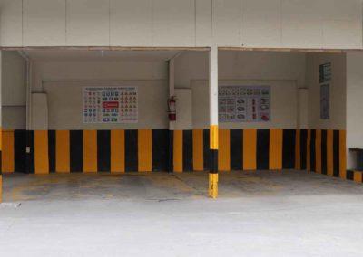 SR T Center photo 4